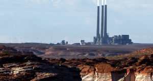 Navajo lawmakers put off vote on coal plant lease