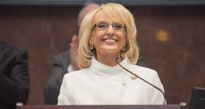 Arizona Gov. Jan Brewer delivers her 2013 State of the State address. (Photo by Ryan Cook/RJ Cook Photography)