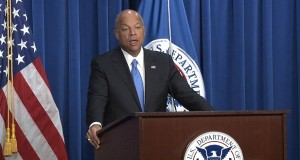Homeland Security Secretary Jeh Johnson said that a sharp drop in apprehension of immigrants along the Southwest border shows that investments in border security are paying off. (Cronkite News photo by Sierra Oshrin)
